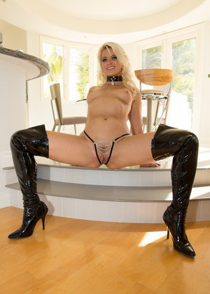 Pussy In Boots Pics