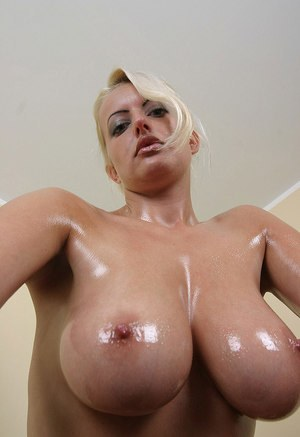 Oiled Pussy Pics